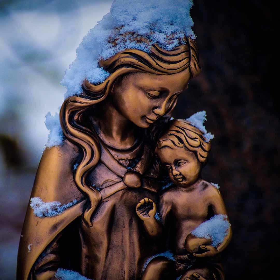 Oración católica oficial Salve Reina de los cielos
