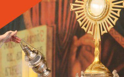 A las puertas de tu corazón acordes y letra, canto de adoración al Sagrado Corazón de Jesús